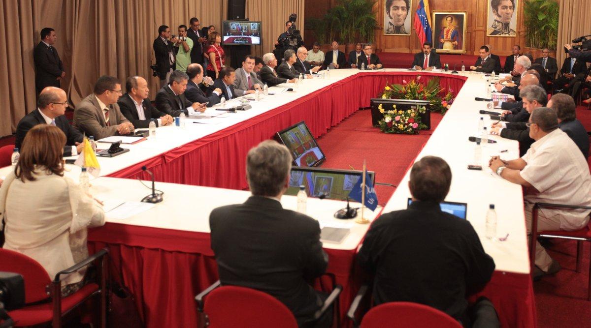 Venezuelaserespeta - Tirania de Nicolas Maduro - Página 23 EZrvhQ8WkAgPah6?format=jpg&name=medium
