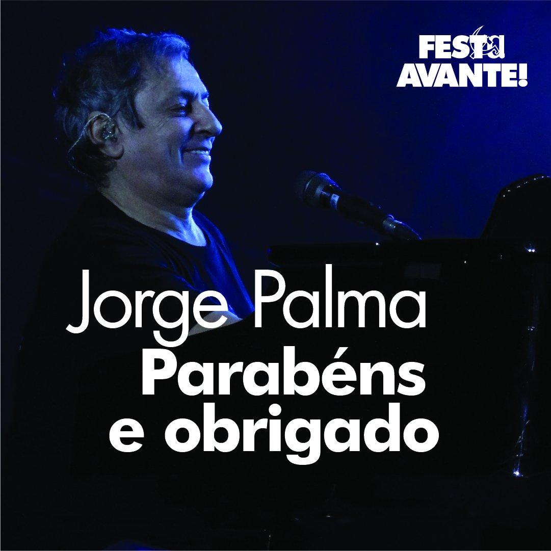 Jorge Palma, parabéns e obrigado por todos os momentos, companheiro! Continuemos pois, enquanto houver estrada para andar #festadoavante2020 #festadoavante #festa #jorgepalma #palma #parabens #musica #concerto #espectaculo #artista #aniversario #estrada https://t.co/s1lURNgfA8