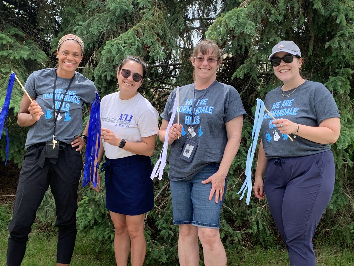 Our staff was so excited to see you! We are Normandale Hills! pic.twitter.com/bgiKVWMZsu
