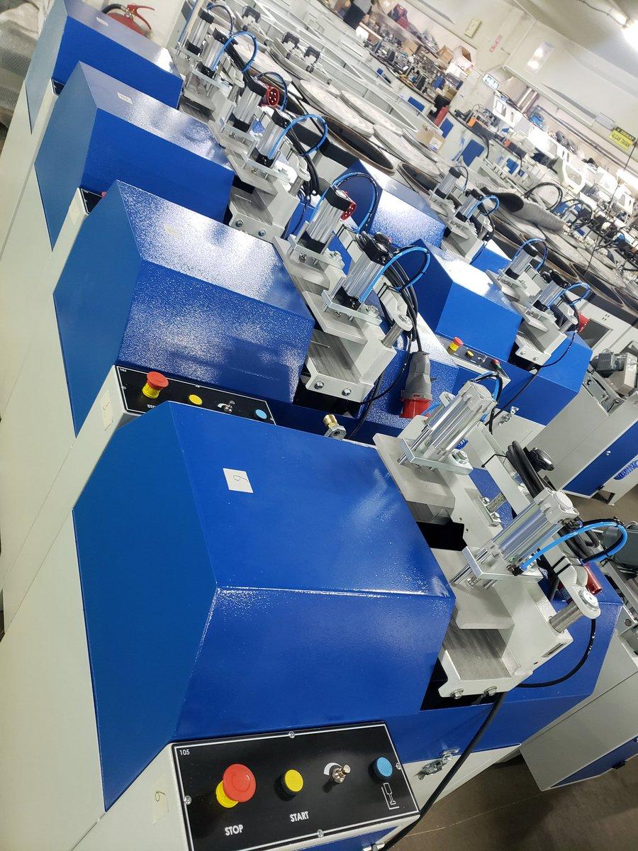 Working on our new orders. Always chasing quality! http://www.ozgencmachine.com info@ozgencmakina.com.tr . . . . . . #machinery #machine #machines #pvcwindows #upvc #aluminum #cerramientos #aluminio #pvc #cncmachining #automationsolutions  #machining #precisionmachining #metalworkingpic.twitter.com/VAPwbmc8vg