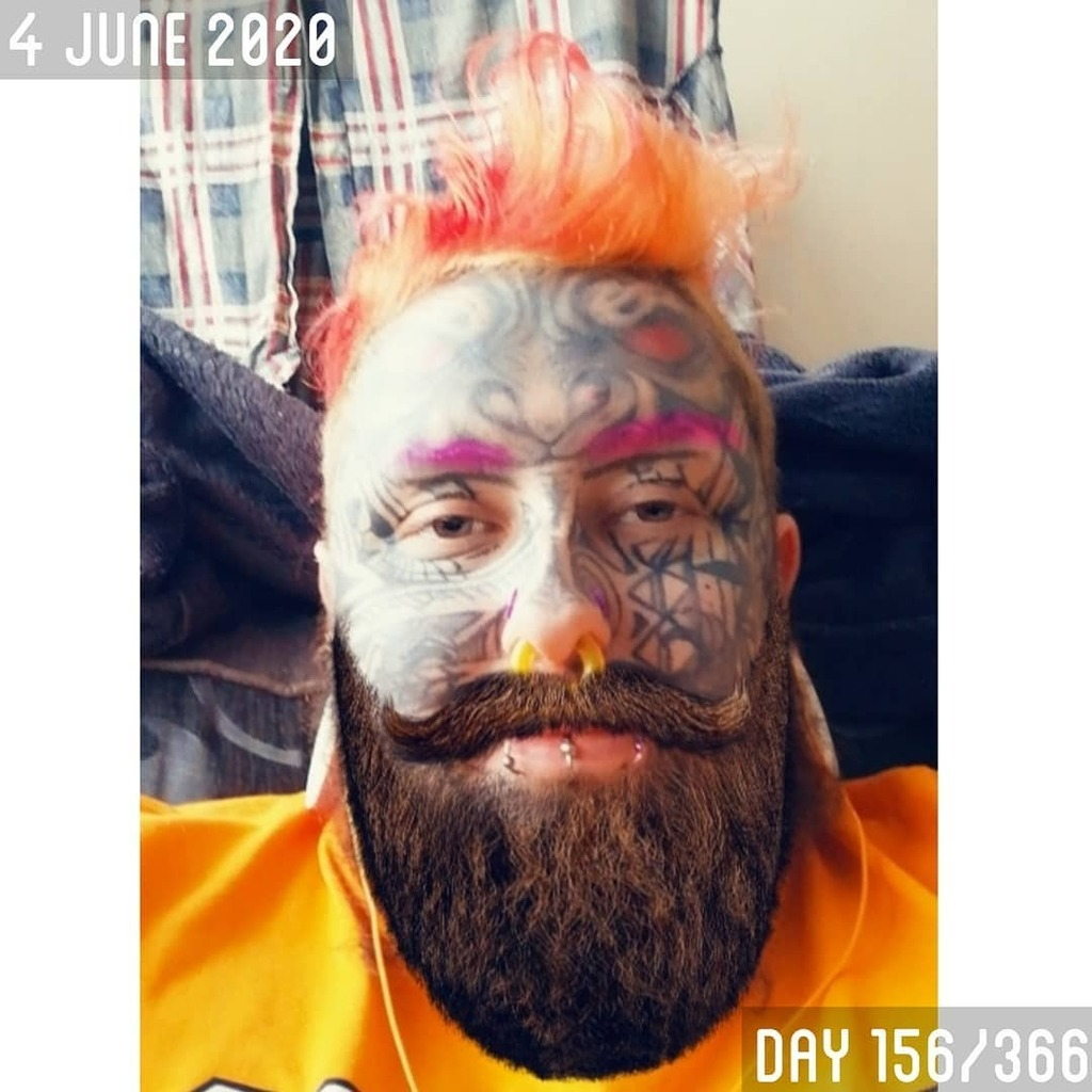 Day 156/366. • • • • • #gay #lgbt #gaytattoo #bear #cub #gaycub #beard #moustache #facetattoo #tattooedface #chesttattoo  #hairy #gayhairy #firehair #piercings #dyedhair #splittongue #irish #pup #pupplay #weird #colourful #nonbinary #bodymodifica… https://instagr.am/p/CBBmMPtlEfQ/pic.twitter.com/B873haqJna