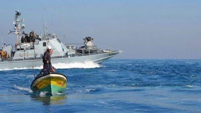 Last month, the Israeli ocupation navy has committed 36 violations against Palestinian fishermen.  The violations included opening fire on fishermen boats, arrests and aming water guns toward the boats to sink them.  #IsraeliCrimes #Act4Palestine<br>http://pic.twitter.com/nq561MuTzY
