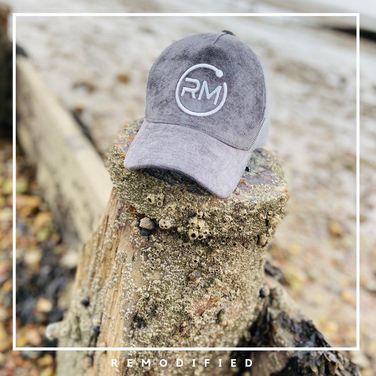 Grey Days call for Grey Head Wear . . .  Get your grey suede mesh trucker hat today DM for details  #rm #graydays #suedetruckerhat #unisexfashion #adultfashion #childrenfashion #unique #styleinfluencer #styleicon #standoutpic.twitter.com/fVCIheOfft
