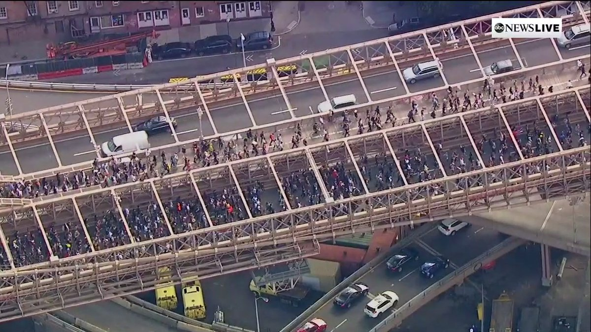 This is the Brooklyn Bridge right now!! #BlackLivesMatter