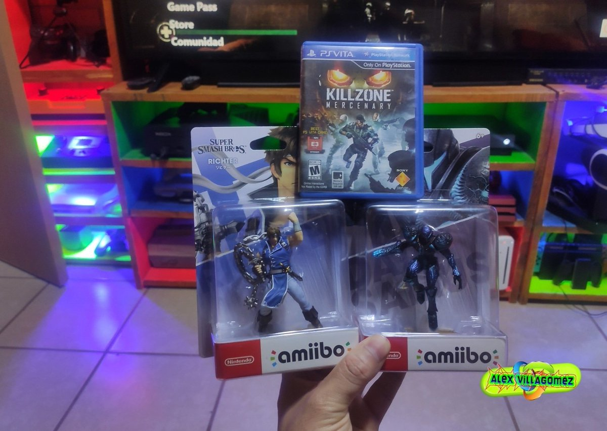 Lo de ayer :D #GameCollection pic.twitter.com/1JNtKQsylN