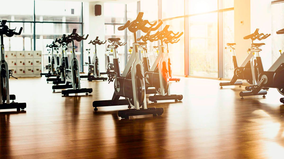 🏋️♀️ Searching for the best gym? 🤔   Check out this great guide on how to pick the best workout place near you, what to look for in a gym, and how to join the right #gym for you.    🧘♀️😎😍 via @WiseLivingMag 👏👏   #workout #fitness