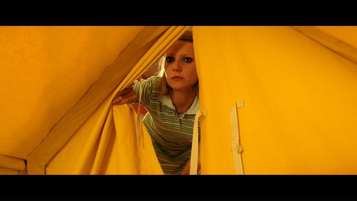 """The Royal Tenenbaums"" (Wes Anderson, 2001) #cinefilia #cine #cinema #film #fiction #fotograma #movies #moviescenes #escenasdecine #wesanderson #GwynethPalrow #genehackman #anjelicahuston #benstiller #lukewilson #owenwilson #comedy #drama #familia #cineindependienteusapic.twitter.com/hHs4n2rqgg"