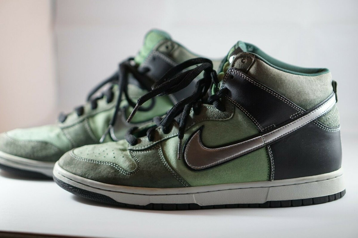 @snkr_twitr @soleheatonfeet Reminds me of Brut SB Dunk