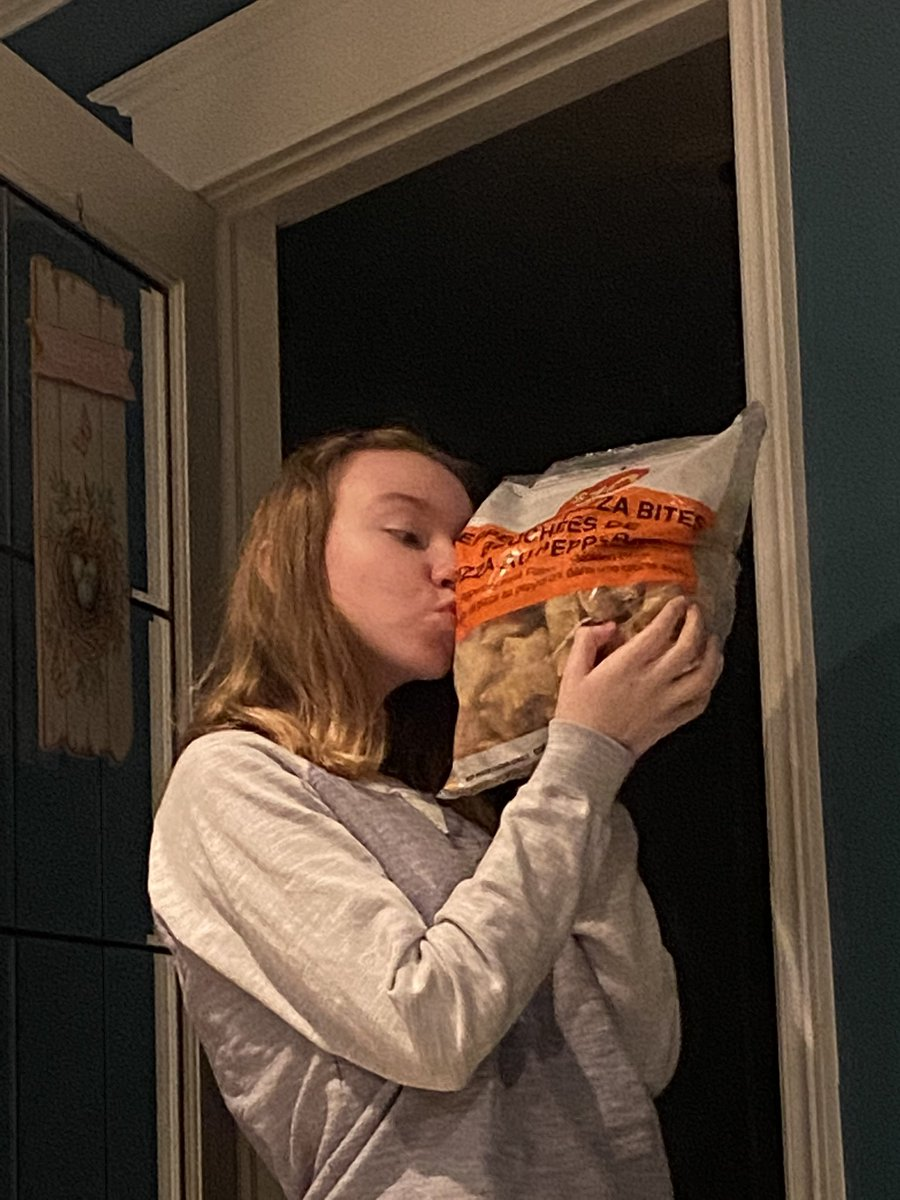 #pizza #bites. My daughter's new love. #teenagers #night #time #snacks.  Anyone else have teens who go crazy for this kind of stuff?  Reminds me of @PhotoshopLee and his #bacon 😆