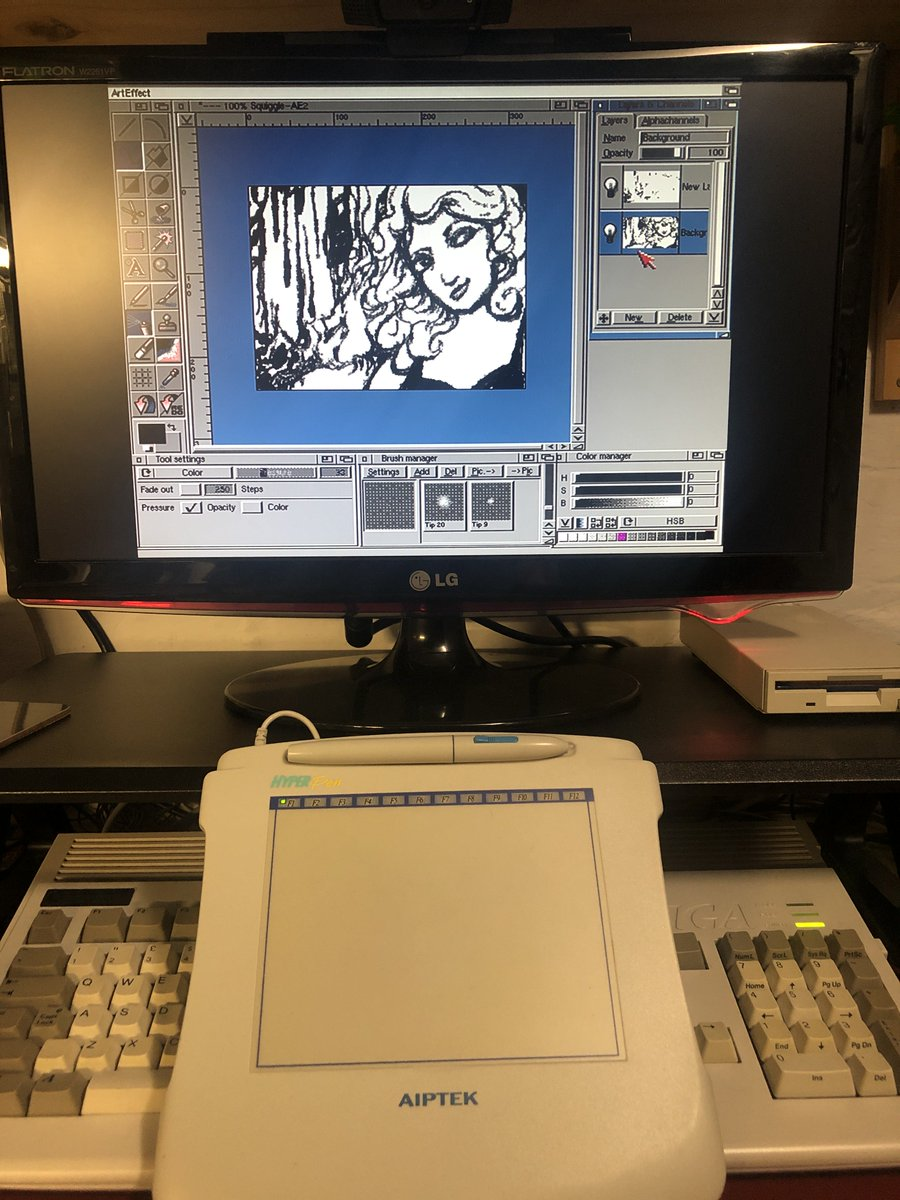 test Twitter Media - More scribbling - ArtEffect works surprisingly well and is the only app I've found that does pressure 100% correctly.  I have working tablet pressure (and layers!) on a 14mhz 1992 home computer.     😂 I don't know why this is so entertaining.. #amiga #Retrocomputing https://t.co/HAGeRg1020