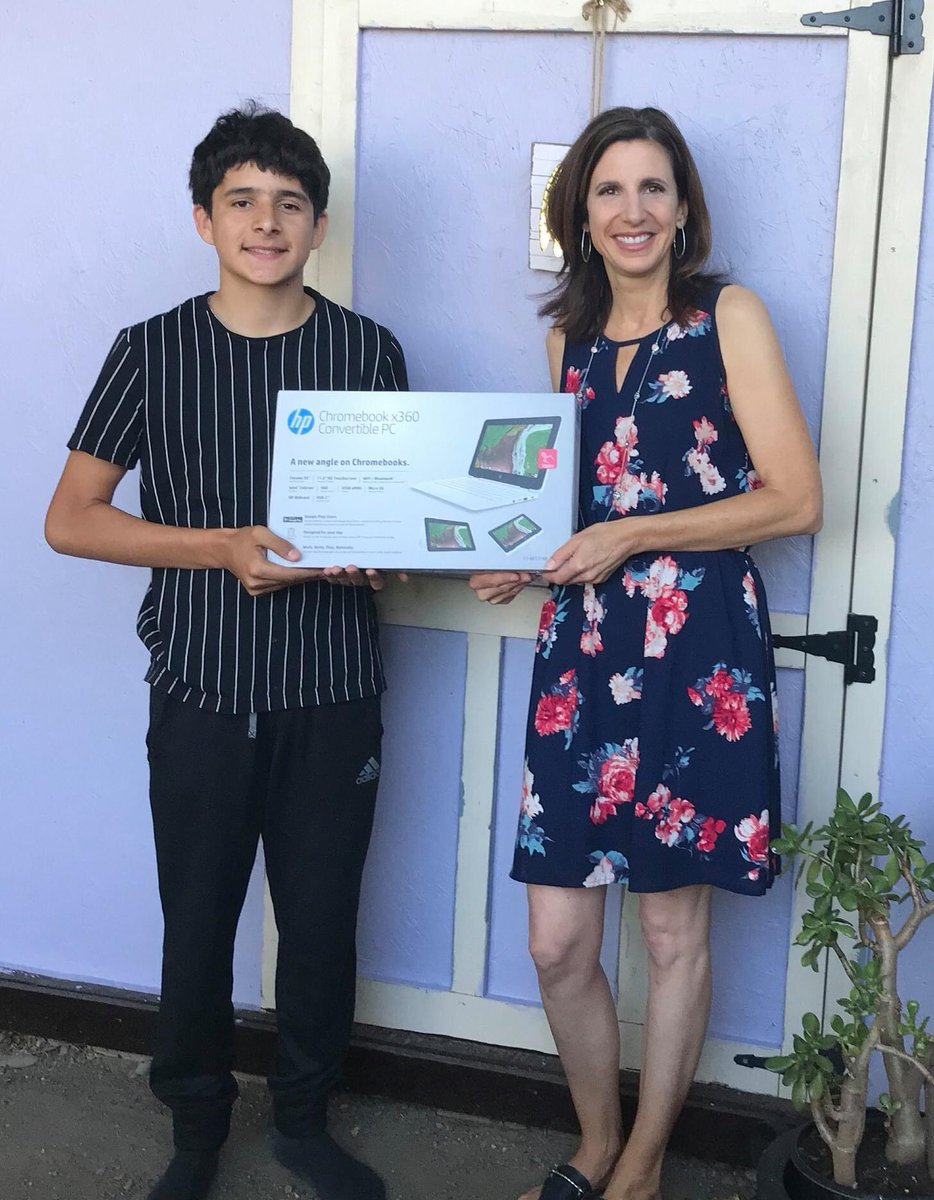 Today Jennifer Jelavich, Public Relations Coordinator, presented Angel Guevara with a new laptop! Angel won this laptop for earning the most school credits after S. William Abel Community School Students transitioned to distance learning. Great job, Angel! #DistanceLearning pic.twitter.com/5OO9MrT4ob