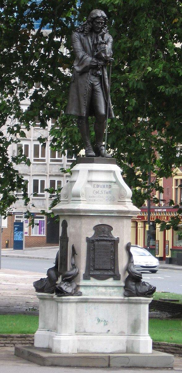 """Jonathan Sloman (!) on Twitter: """"Robert Peel statue, Bury ..."""
