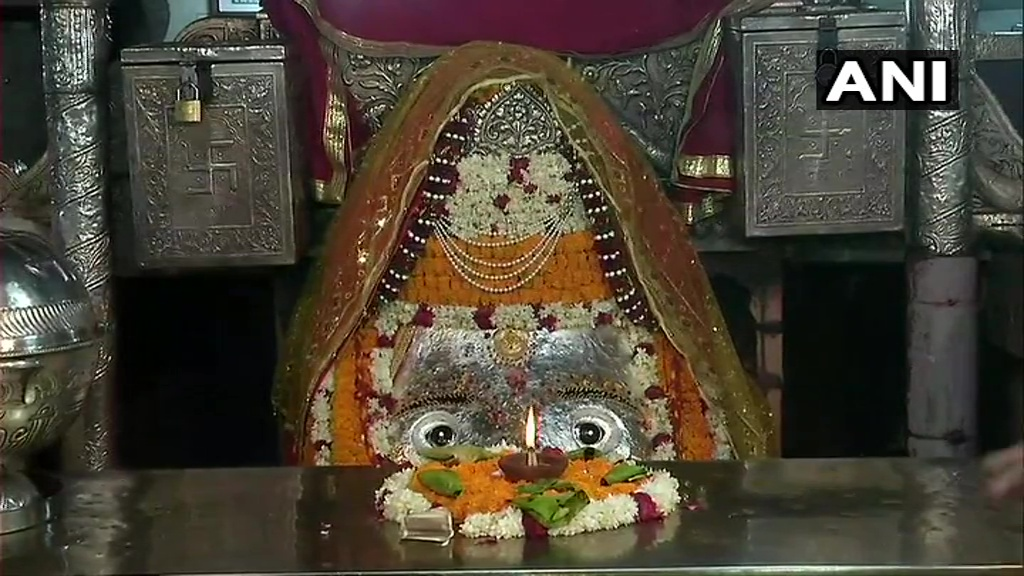 Delhi: Kalka Ji Temple authorities are taking precautionary steps as religious places are set to open on June 8. Priest of the temple says,we will follow all guidelines, we are installing sanitizing tunnels at the entry points. Devotees to wear masks & avoid bringing offerings