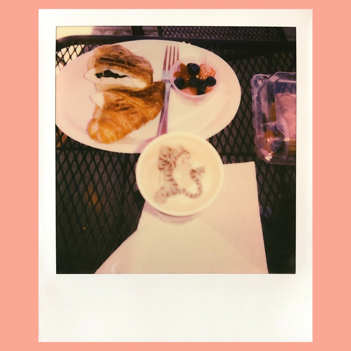 I'll make a cup of coffee for your head #Polaroid #filmphotography #coffee #WinnieThePoohpic.twitter.com/UhTmrYBvcg