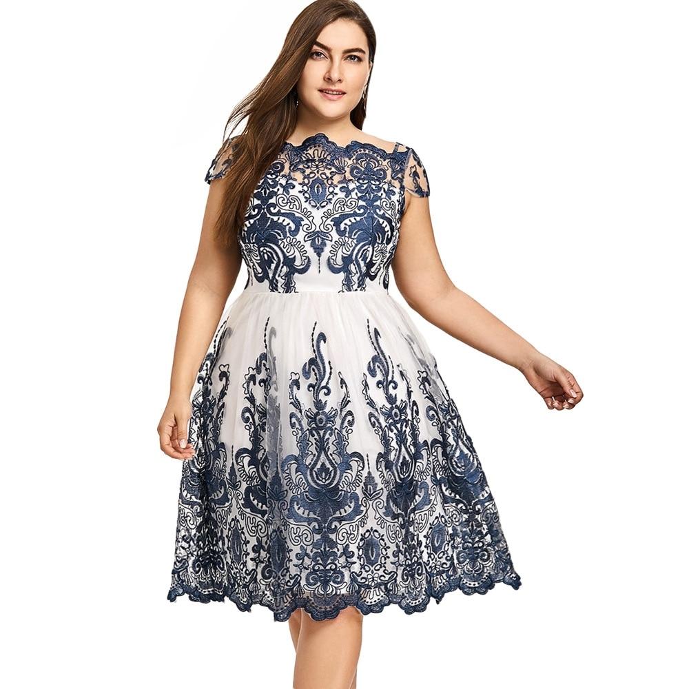 #shoplahhfatshionstore #onlineclothingstore #shoplahh #confident Plus Size Women Navy Color Boat Neck Floral Print Vintage Dress Buy one here---> https://bit.ly/2F8P0Lapic.twitter.com/bh0D7jCSa9