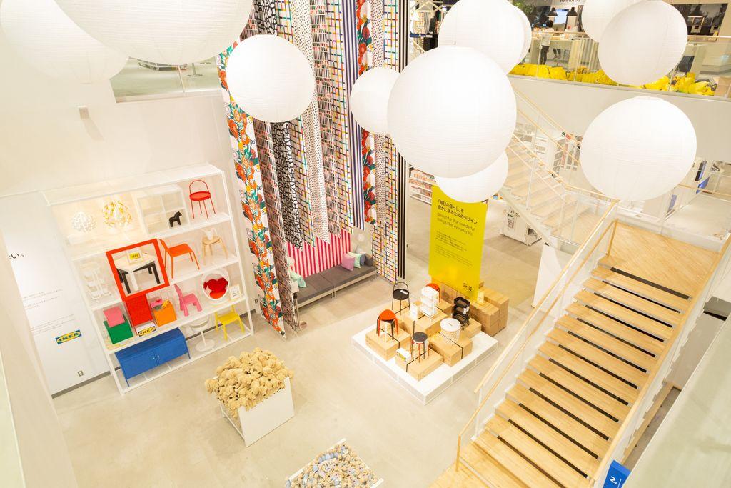 イケアの都市型店舗がウィズ 原宿にオープン。世界初の「スウェーデンコンビニ」と「スウェーデンカフェ」を併設し、原宿店限定メニューも用意。