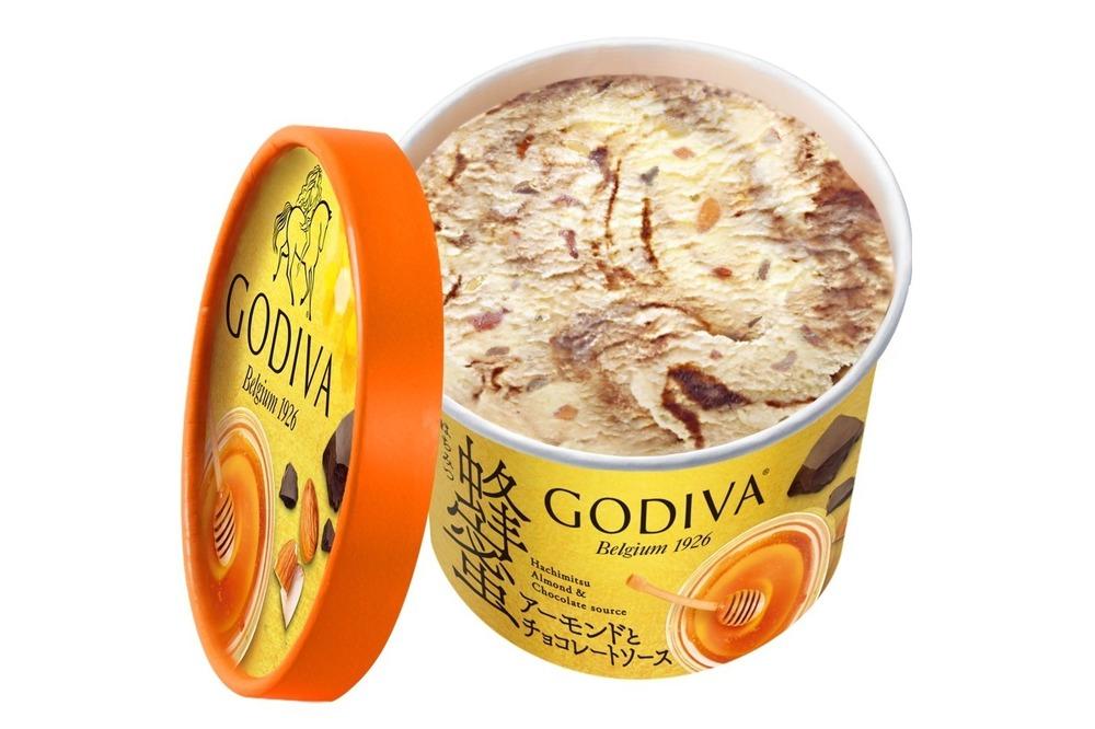 ゴディバ新作カップアイス「蜂蜜アーモンドとチョコレートソース」華やかに香る国産蜂蜜100% -