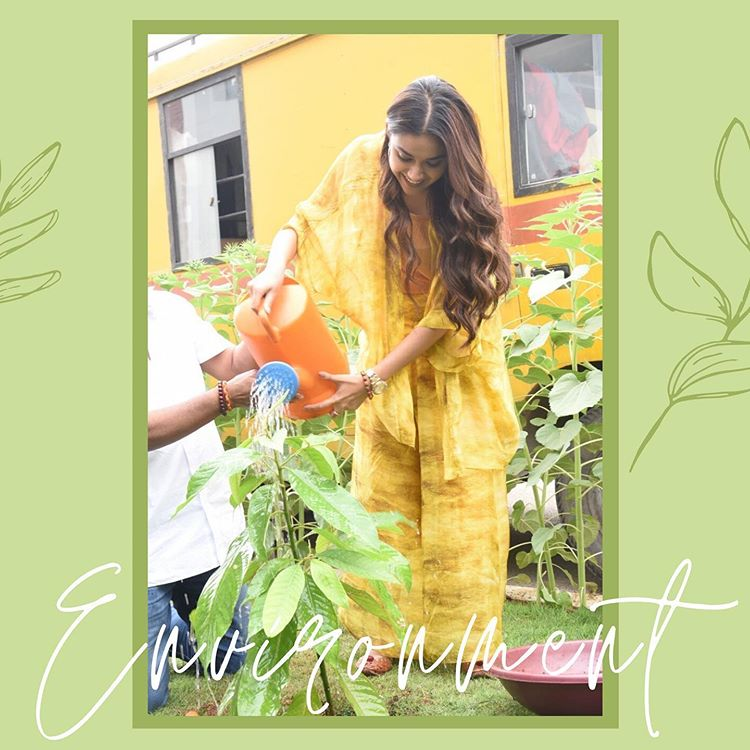 #WorldEnvironmentDay: @KeerthyOfficial shares these throwback pictures.  #keerthysureshpic.twitter.com/wXhLrr7z0N