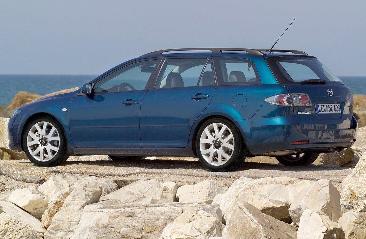 Kekurangan Mazda 2002 Spesifikasi