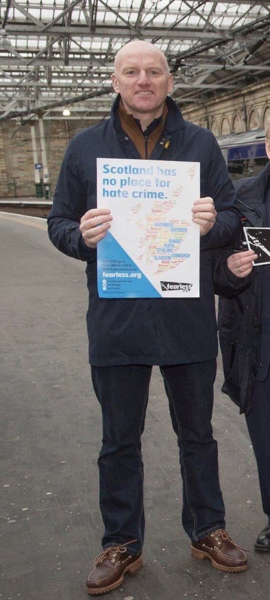 Big congrats to Mark Henderson @NetworkRailSCOT @networkrail for being highly commended in our @CrimestoppersUK #VolunteersWeek2020 awards. His support is invaluable to our work in Scotland. Well done 👏👏👏