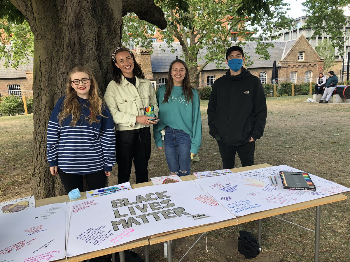 Our local residents have organised a peaceful action in favour of #BlackLivesMattterUK and have been gathering signatures, drawings and lovely messages of support to the movement! https://t.co/P7pBZAjKZn