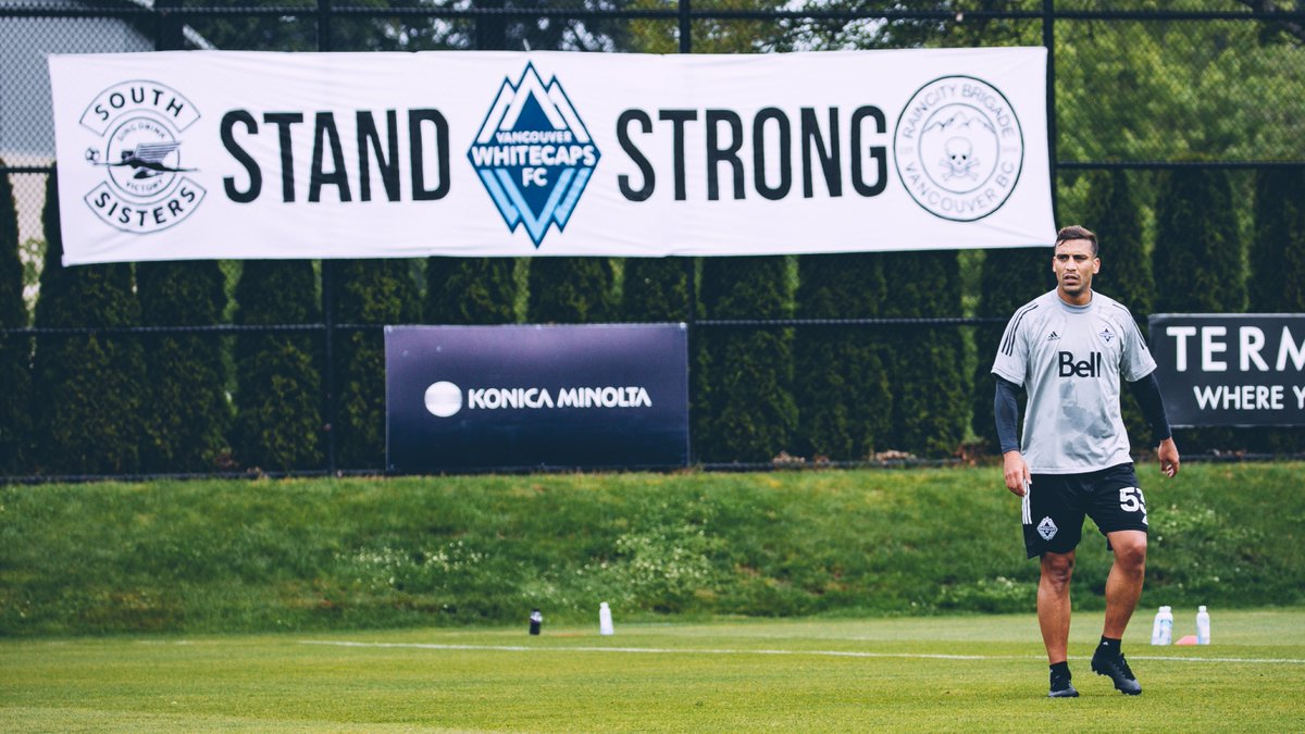 Tifos are for training too 🌊  THANK YOU @raincitybrigade and South Sisters for your support 💙  #VWFC | #ItTakesAVillage https://t.co/41FlvPX41A