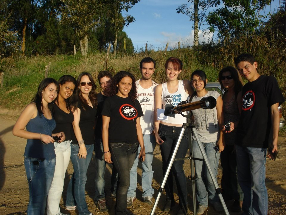 Transit of Venus near #Medellín #Colombia in 2012 when we were starting this long way to become #Astronomers. Really nice memory which reminds me why I decided to study this beautiful science pic.twitter.com/qAgEuDCDiS