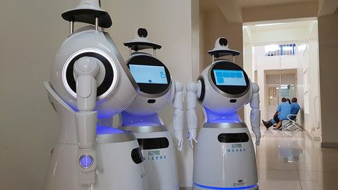 These robots are helping reduce the risk of medical workers catching COVID-19 in Rwanda bit.ly/2A2T3Kw #Rwanda #coronavirus
