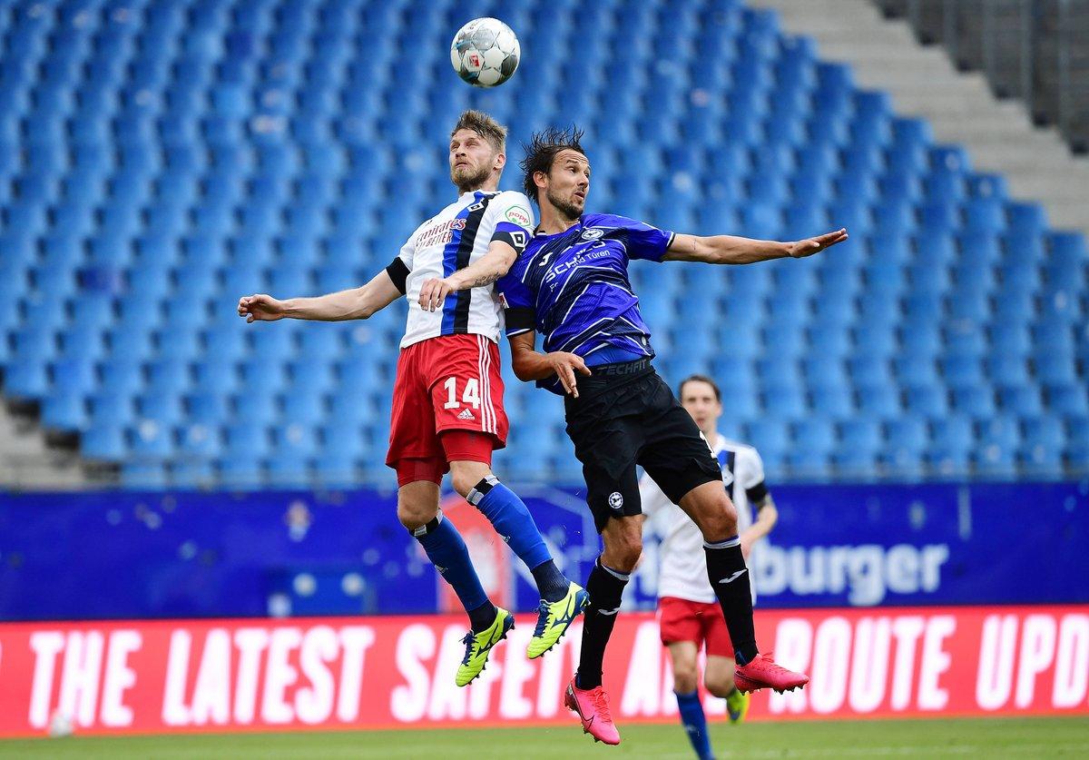 League leaders Arminia Bielefeld take on giants Nurnberg in one of the three Bundesliga 2 games kicking off at midday! 🇩🇪⚽ VIEW PREDICTIONS HERE ▶ freesupertips.com/leagues/german… (18+ begambleaware.org)