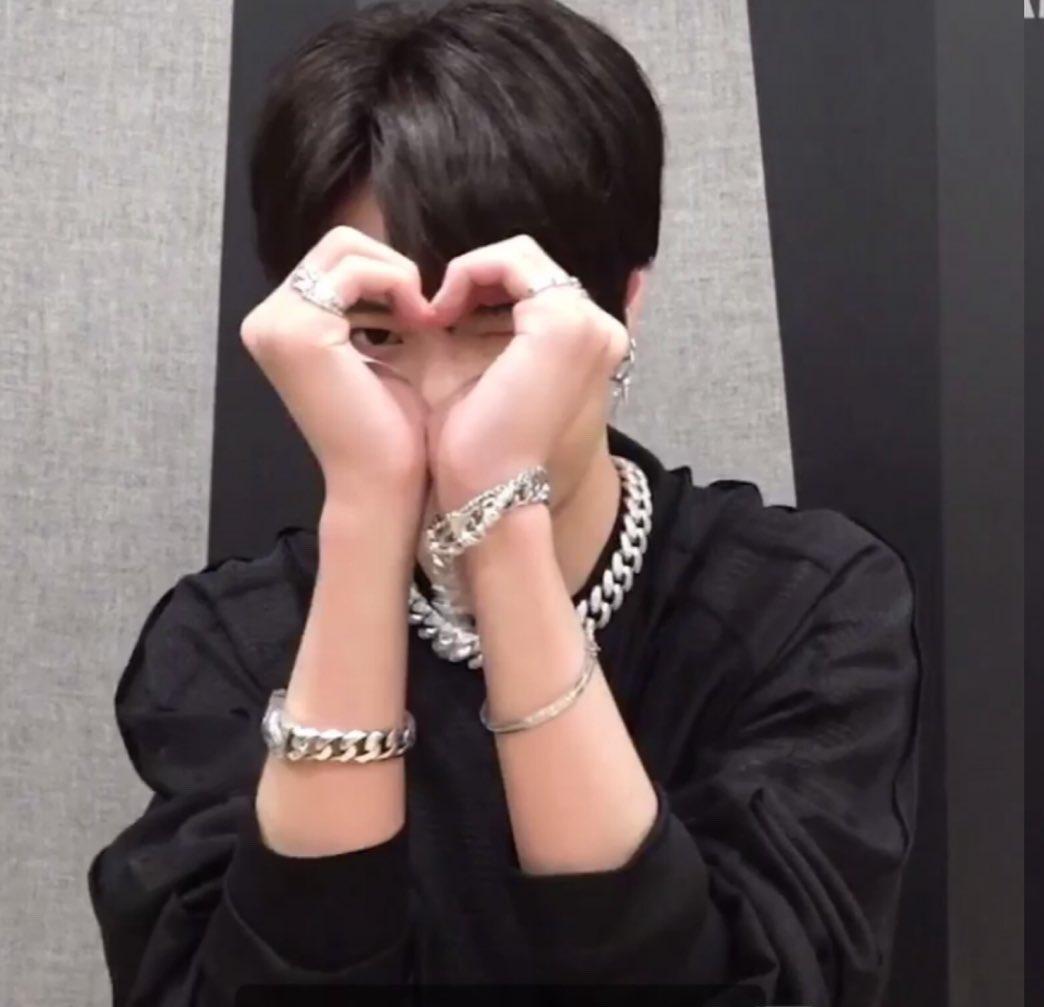 Love.                                                    You♡ pic.twitter.com/U3su5zGxh0