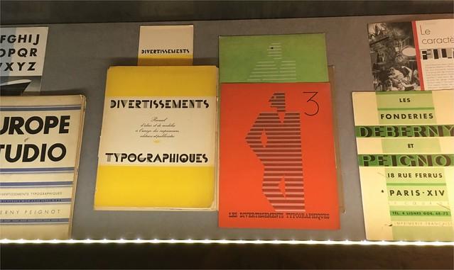 Exposition : Michel Wlassikoff, de la typographie et du graphisme https://t.co/s3JePtEGHa  #graphisme #design #typographie #exposition https://t.co/iIfihhmY3i
