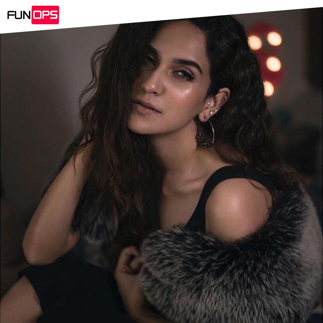 #AnoushayAbbasi dazzling in this sizzling photoshoot  @anoushayabbasiofficia . . . #funops #funopspakistan #instanation #crush #instapakistan #pakistannews #pakistanmediaindustry #pakistanmedia  #Lifestyle #StyleGoals #celebrity #pakistanifashion #pakistanicelebrities #updatespic.twitter.com/p3PyVtKI0q