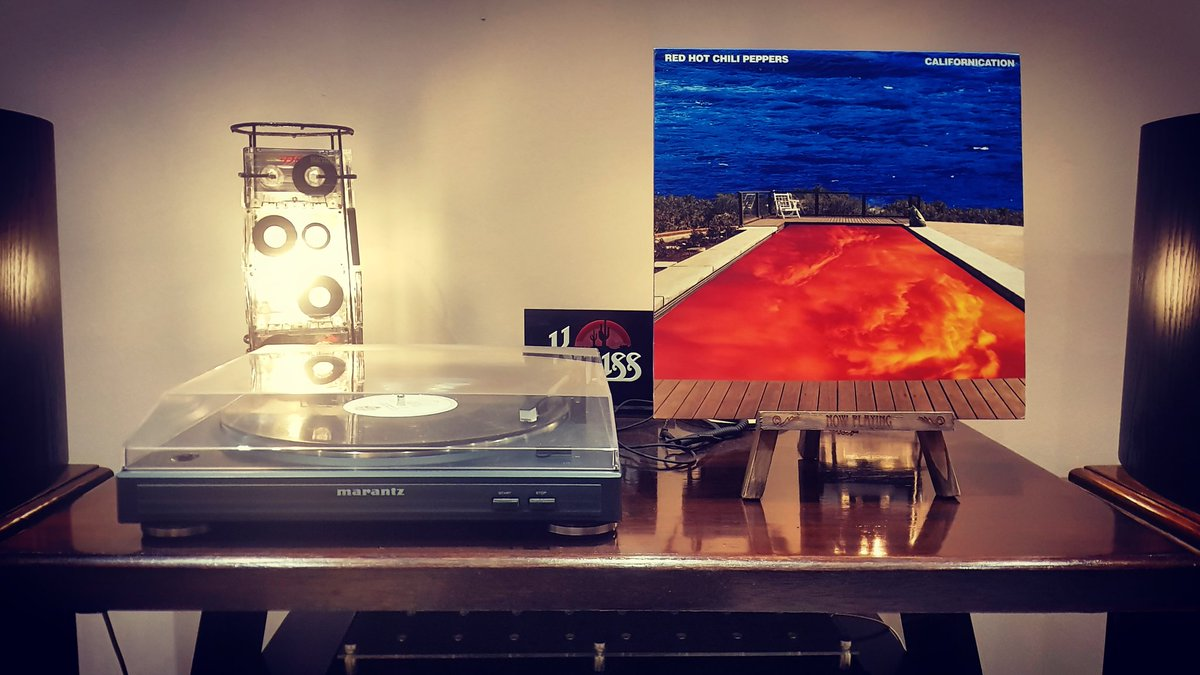 The year was 1999, I was finishing high school and #Californication, the 7th #StudioAlbum by the #RedHotChiliPeppers, released in June, was my soundtrack for the year. #VinylCollection #Vinyl #Records #RecordCollection #LP #LPs #LPCollection #Music #RockMusic #RHCP @ChiliPepperspic.twitter.com/kNUNxrrL9j