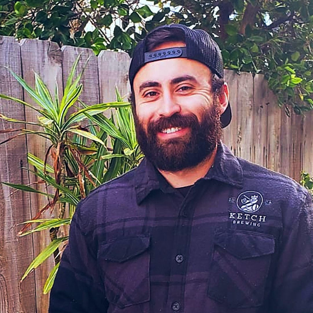 Taking a risk to follow your passion can pay off. @BrewingKetch cellarman and brewer Ramiro Salas, our 2019 @KarlStraussBeer scholarship winner, is learning the art of #business and the craft of #brewing in our professional certificate program. Read more > go.ucsd.edu/3fNg2t7