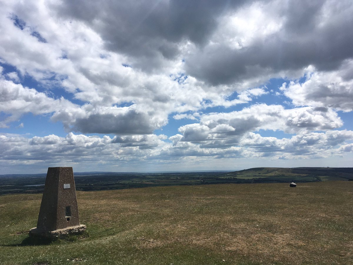 As it's #WorldEnvironmentDay we're celebrating with a 27km hike from Firle Beacon. Strong headwind all day, eyes now bleeding, cheeks totally windburnt. Kinda perfect... #hiking #backpacking @sdnpapic.twitter.com/Iv0eSK0Xdg