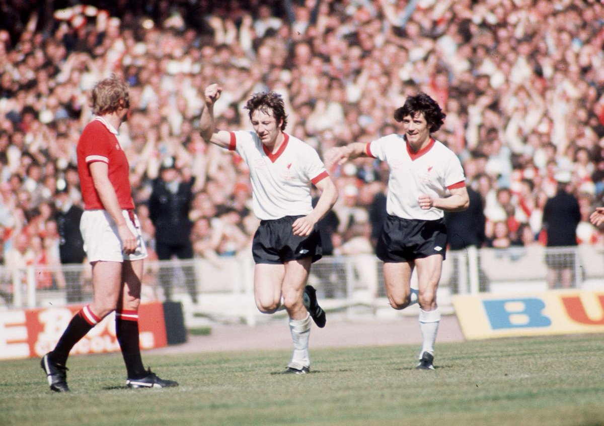 FA Cup Final 21st May 1977 Manchester Utd 2 - Liverpool 1  Liverpool's Jimmy Case wheels away in celebration following his cracking equaliser against Manchester United.  #LFC #Liverpool #FACupFinal #Wembley  @KingKennyStand @EOS_LFC @FootballArchive https://t.co/q3bQgoGGg2