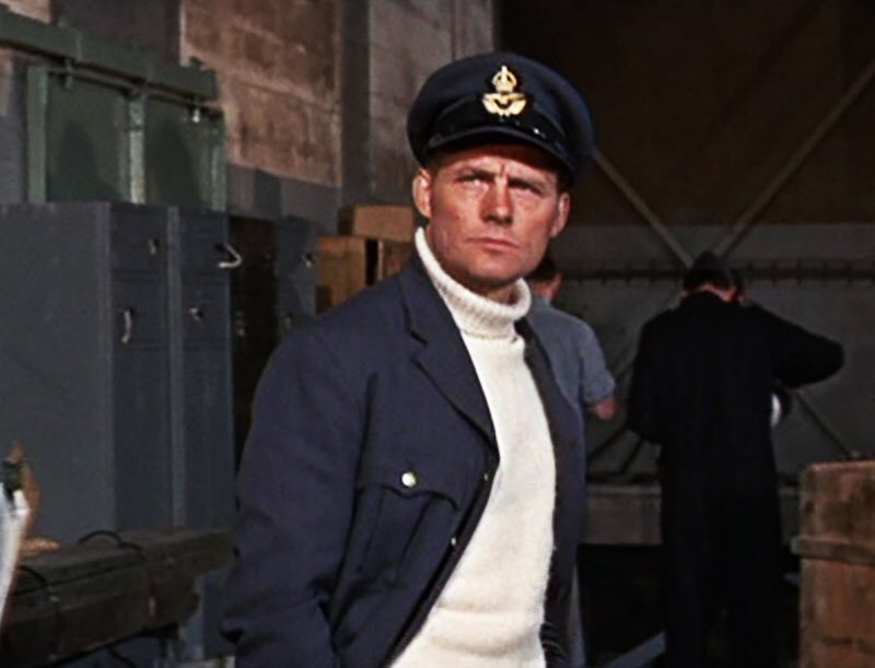 The Great Robert Shaw in The Battle Of Britain #movies pic.twitter.com/99HbYCdo4d