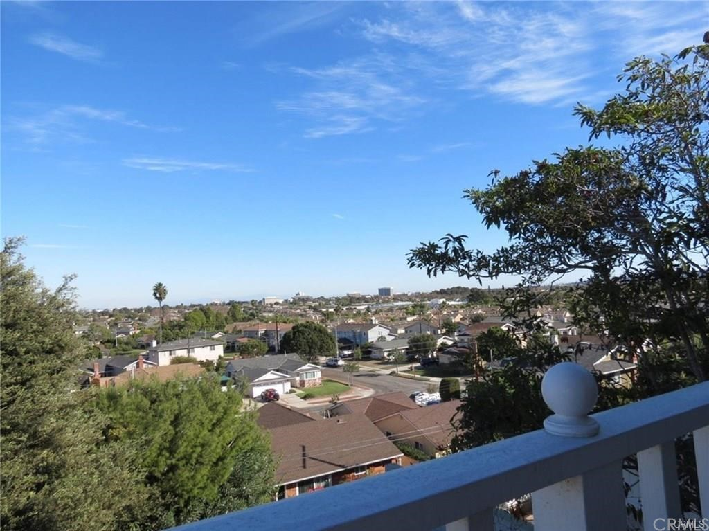We are looking for a buyer on 124 S Prospect Avenue S #RedondoBeach #CA  #realestate https://tour.corelistingmachine.com/home/JJJC5Z pic.twitter.com/qld1jYQaPN