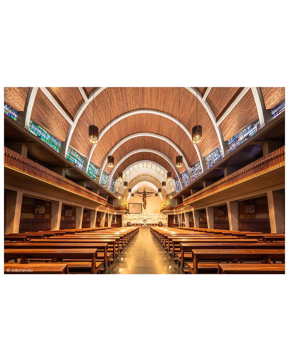 Iglesia de San Felicísimo //#Bilbao 2019 Arch. Pedro Ispizua Susunaga (1959) _________________________________ #Euskadi #Spain #architecturepic.twitter.com/K5fO5Tw4tq