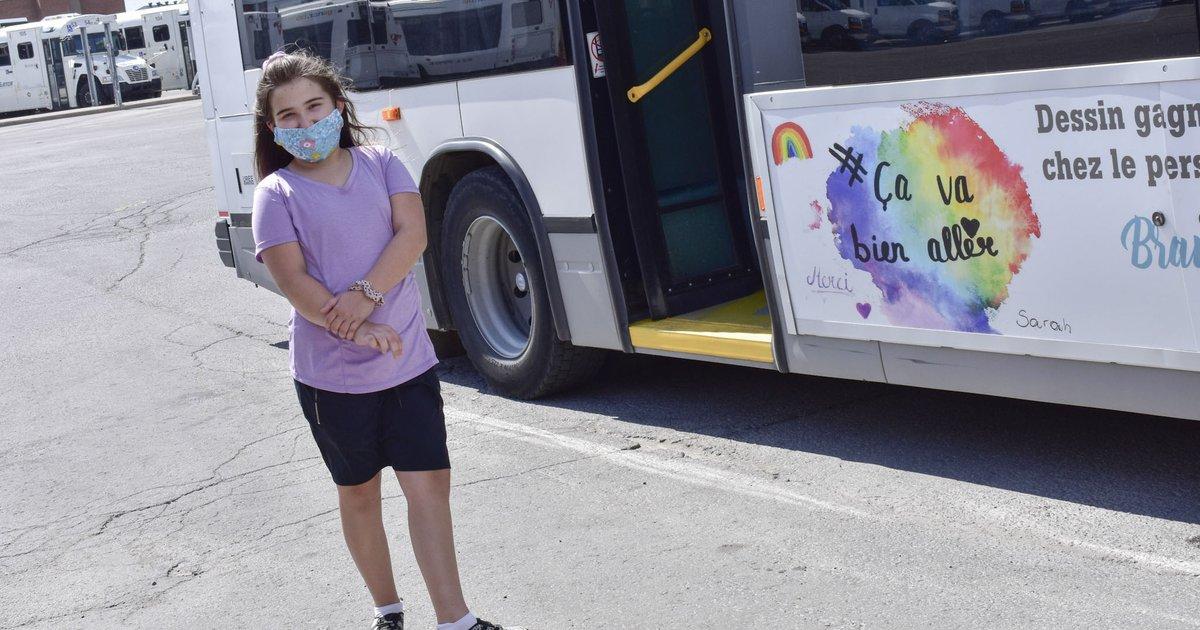 [Avoir son dessin sur un autobus] Bravo à Sarah Lapointe, 13 ans! Elle est la gagnante d'un concours de dessins organisé chez le personnel de @KeolisCanada, afin de mettre un peu d'espoir dans la vie des gens. Son illustration se retrouve désormais sur deux autobus. 🌈😊🚍 https://t.co/qEw5jUIfAy