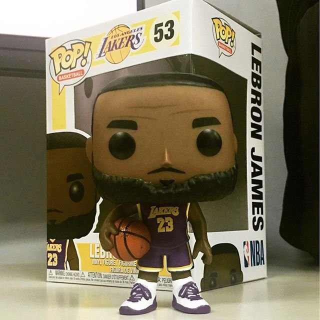 Recién llegaditos, freeeesco ! 🏀  - #LebronJames Lakers - #KawhiLeonard Clippers - #JamesHarden Rockets - Hardwood Classic Legends_ Magic Johnson, Larry Bird, Shaq  *STOCK LIMITADO*   Compras: https://t.co/Dq2hnVOvdg https://t.co/mHLG1WgKGa