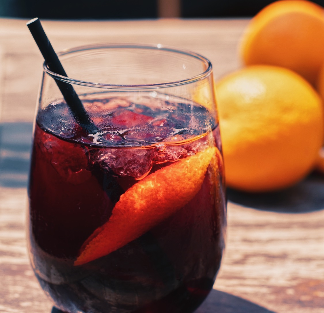 It's time for social distance cheers  because we can enjoy @movidamke Famous House Red Sangria on the Patio pic.twitter.com/WaHwsClX4P