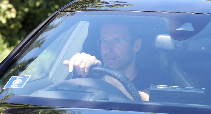 Petr Cech made undercover trip to Germany to help Chelsea win Timo Werner race mirror.co.uk/sport/football…