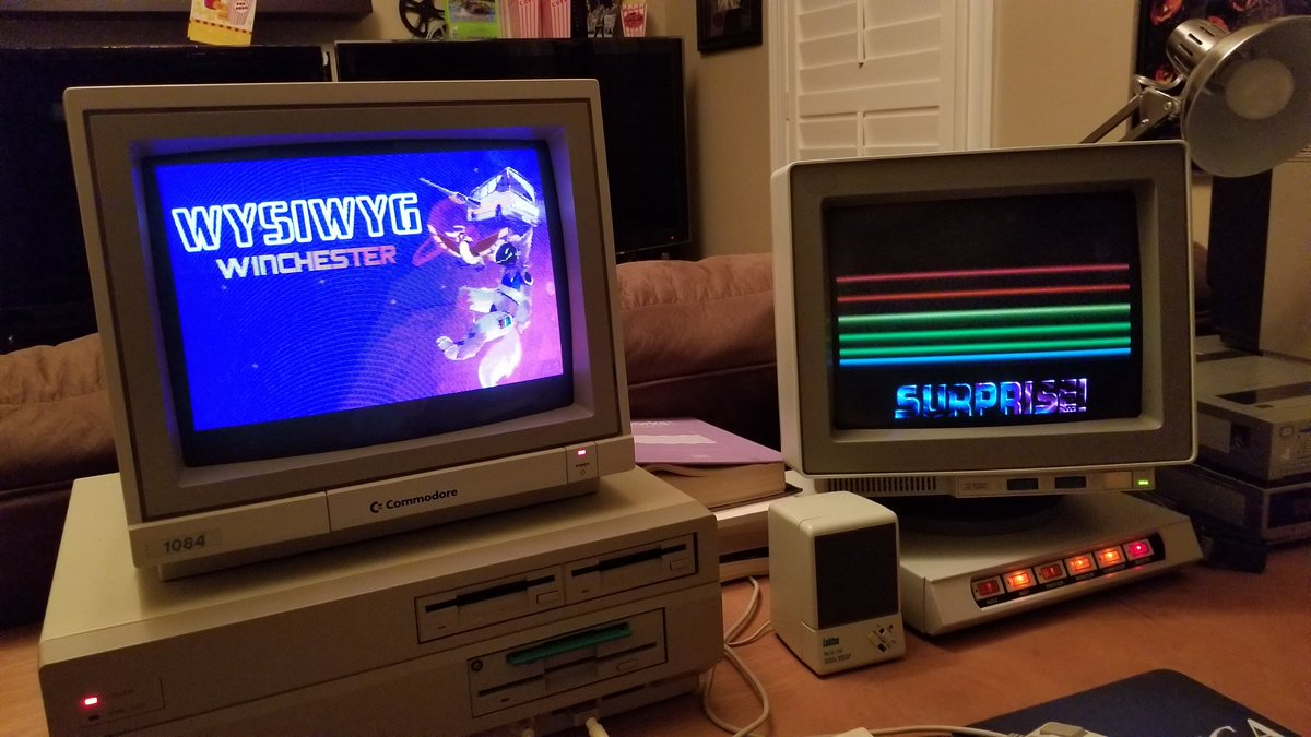 Sorry if I'm posting about this way too much but goddamn this is so cool. The bridgeboard and Amiga can be COMPLETELY autonomous from each other without ANY performance impact on either. It's awesome to FINALLY start seeing this machine come together after nearly 3 years. https://t.co/M6FiuPZTc0