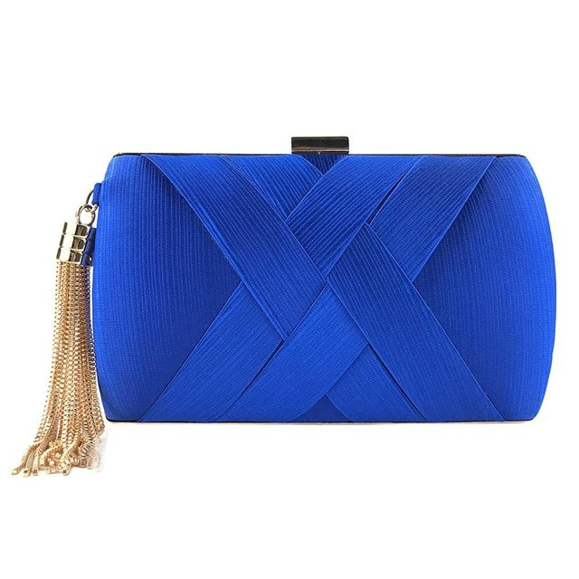 This evening clutch bag is lovely  .  #bags #fashion #bag #shoes #style #accessories #handbags #handmade #shopping #handbag #onlineshopping #bagsforsale #fashionista #moda #love #backpack #fashionblogger #leather #luxury #clutch #bagshop #slingbag #totebag