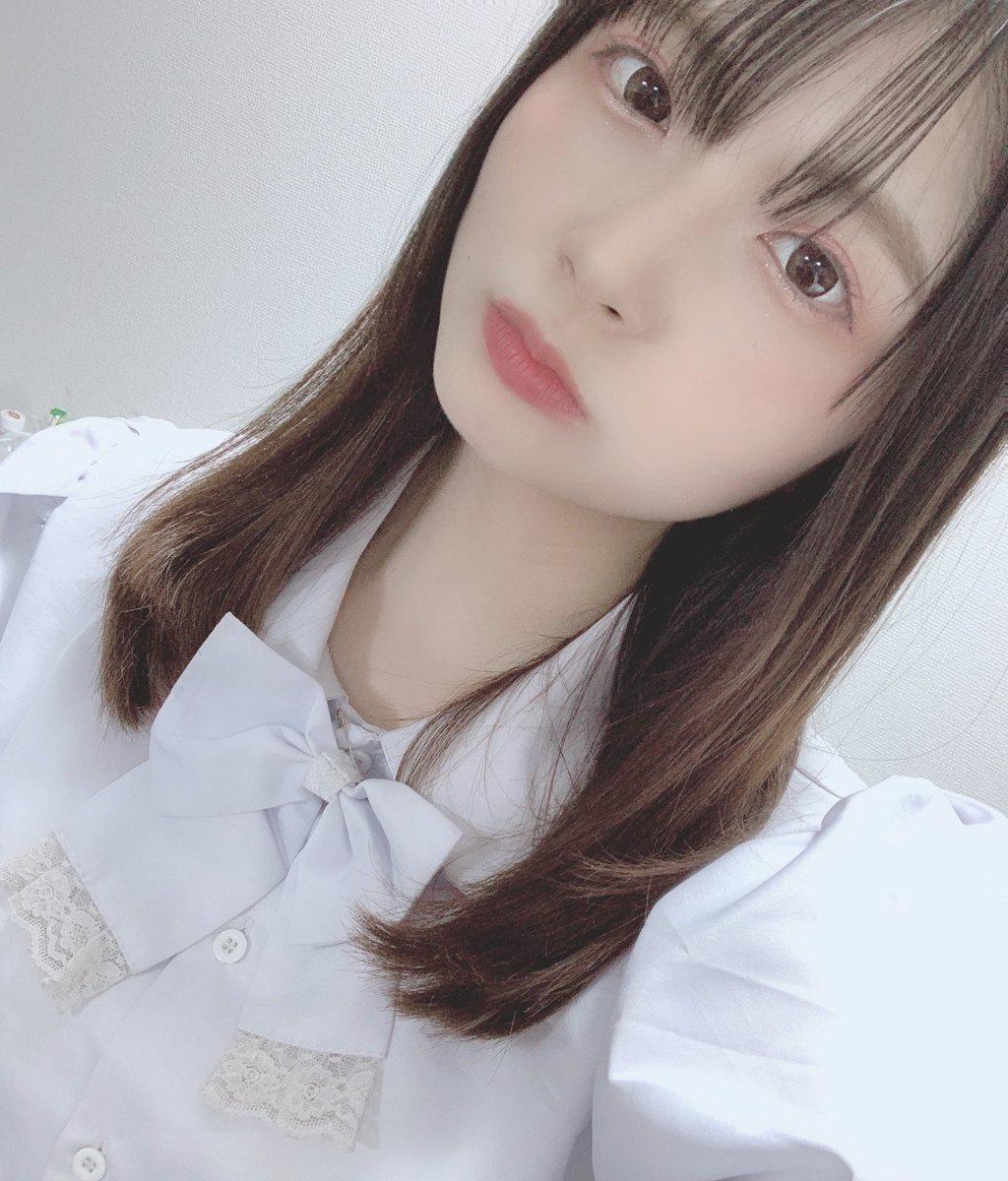 おはようっ!🦋❤︎本日は初のオンライン特典会があります!!→→→お話ししながらチェキげっとできます✨ ぜひ三浦響でご購入してくれると嬉しいです!まってるよ〜🥺💙