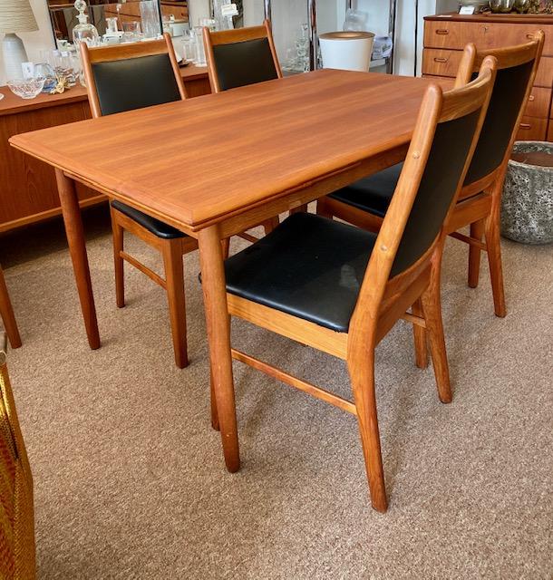 "Teak Dining Table $1499 L53"" W35"" Lvs 19""x2 Chairs: $799/4 #midcenturymodern #midcentury #interiordesign #vintage #mcm #s #design #homedecor #midcenturydesign #interior #architecture #vintagefurniture #midcenturyhome #midmod #furniture #modernism #art #interiorspic.twitter.com/Wt2QvYLsji"