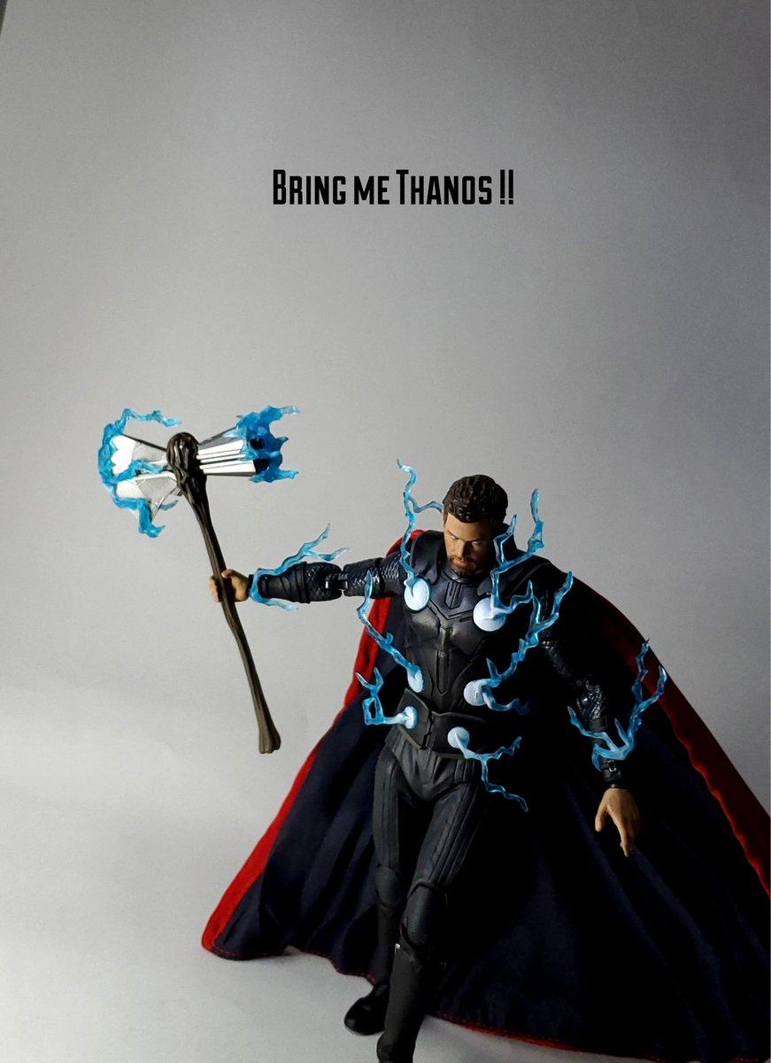 『 サノスを・・・呼んでこい!! 』 #オモ写 #lolオモ写 #おもちゃ撮影会 #MAFEX #Thor  #AvengersInfinityWar https://t.co/V8hOjKNyJM