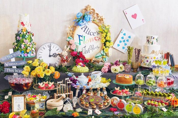 【7/1から】「不思議の国のアリス」テーマのスイーツブッフェ、インターコンチネンタル東京ベイで開催🐰👑🌹👸🍰#スイーツ #デザートビュッフェ▼写真・記事詳細