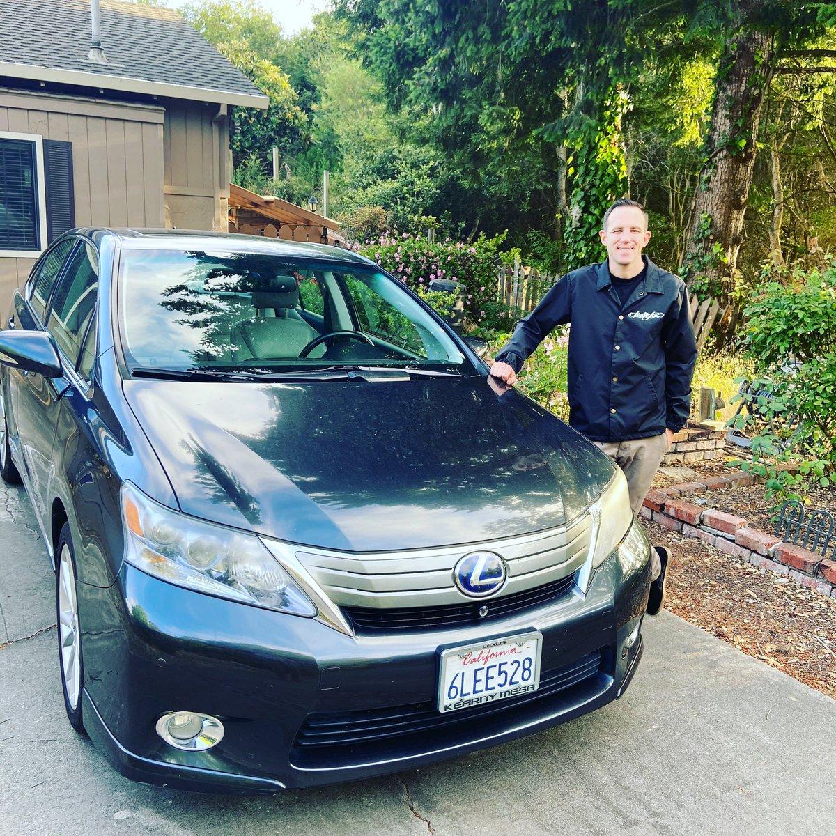 Finally got my car. So happy https://t.co/QJGPf52EHN
